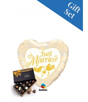 "Just Married Gold 18"" Foil"